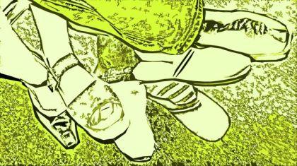 Der Tausendfüßler - Verknotete Füsse in grün