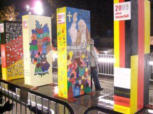 Die Mauer - Domino - Berliner Mauer - 20 Jahre Mauerfall