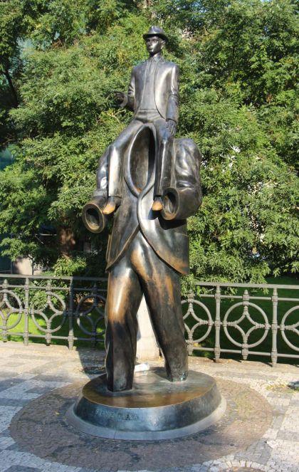 Franz Kafka Statue und Denkmal in Prag